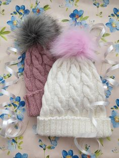 Diy And Crafts, Arts And Crafts, Knitting For Kids, Handicraft, Knitted Hats, Knit Crochet, Hello Kitty, Projects To Try, Winter Hats