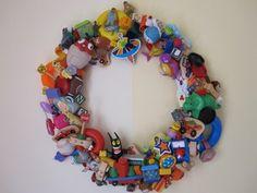 coroa de brinquedos