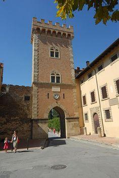 Castello di Bolgheri  #TuscanyAgriturismoGiratola