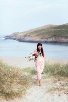 Beach wedding in Cornwall, England   Sarah Falugo Photography   see more on: http://burnettsboards.com/2014/04/unique-beach-wedding-inspiration-shoot/