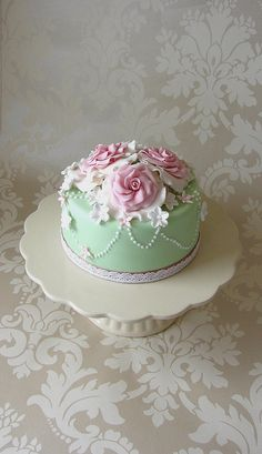 Vintage Style Roses & Pearls Cake by RubyteaCakes, via Flickr