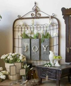 Like this idea of using our old gate to decorate for the seasons!