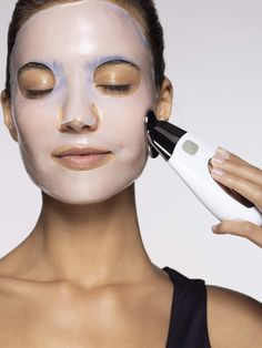 Cuida tu piel y dale un mimo con los mejores productos . With iwomens you will get daily Beauty and Fashion Pictures & tips for womens. Galvanic Facial, Ageloc Galvanic Spa, Beauty Care, Beauty Skin, Beauty Hacks, Beauty Tips, Facial Skin Care, Anti Aging Skin Care, Tips Belleza