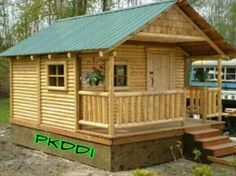 For anyone who has dreamed of having a real log cabin in the woods, but still wants to keep it small, Washington based Mr. Cabin, Inc. builds substantial and very affordable log cabins that stay under 200 square feet. Tiny House Blog, Modern Tiny House, Tiny House Cabin, Log Cabin Homes, Log Cabins, Tiny Houses, Rustic Cabins, Dog Houses, Mini Cabins