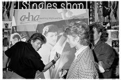 a-ha - hmv 363 Oxford Street, London - instore signing January 1986 | por…