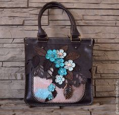 "Купить Сумка ""На рассвете...-3"" новая форма - разноцветный, цветы, цветущая веточка Leather Bag Design, Small Leather Bag, Leather Pouch, Leather Purses, Recycled Leather, Leather Bags Handmade, Handmade Bags, Leather Craft, Floral Bags"