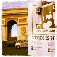 Due passi lungo l'Avenue Des Champs-Elysées ed ecco un nuovo ritrovamento: #foundverdi nella romantica #parigi.   #verdiishere #verdimuseum #verdiguerrilla