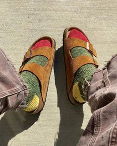 Sock Shoes, Cute Shoes, Granola Girl, Socks And Sandals, Cool Outfits, Fashion Outfits, Looks Cool, Swagg, What To Wear