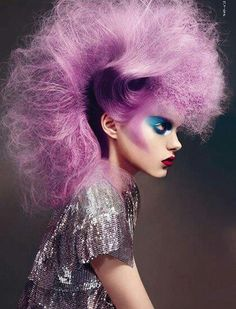 The top ten most outrageous avant garde hair styles are displayed and described, as true works of art. Creative Hairstyles, Cool Hairstyles, Avant Garde Hairstyles, Braid Hairstyles, Pelo Editorial, Corte Y Color, Fantasy Hair, Fantasy Makeup, Hair Shows