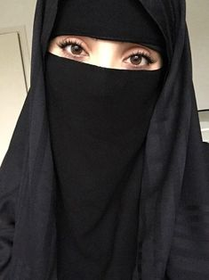 black, islam, and niqab image Hijab Niqab, Muslim Hijab, Mode Hijab, Beautiful Muslim Women, Beautiful Hijab, Hijabi Girl, Girl Hijab, Niqab Fashion, Muslim Fashion