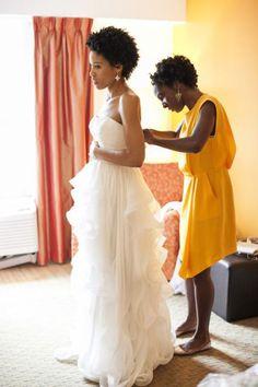 Bright, modern summer wedding: http://www.stylemepretty.com/2014/06/30/bright-modern-summer-wedding/ | Photography: http://tanyasalazar.com/