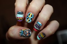 graphic art nails.