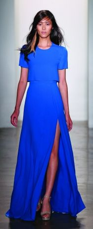The Slit On This Blue Dress Makes All The Difference! Simple And Sexy!