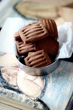 ... biscotti frollini light al cacao e ouzo ...