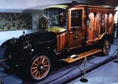 Not the usual car I repin but the detail is beautiful~ 1922 Packard Carved Panel Hearse ~