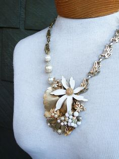 Hey, I found this really awesome Etsy listing at https://www.etsy.com/listing/54137129/jasmine-revamped-vintage-necklace