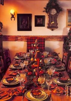 Christmas Table in plaid...