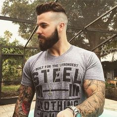 Cute short and full beard styles for men are changing rapidly and gaining lot of importance in the male society. Full beard style is the most popular trend Beard Styles For Men, Hair And Beard Styles, Short Beard Styles, Medium Beard Styles, Goatee Styles, Hair Styles, Barba Sexy, Bart Tattoo, Beard Neckline