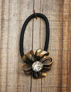 Vintage 1930s Gold Black Rhinestone Flower Metal Button Embellished Elastic Hair Tie  #vintagebutton #1930s #rhinestoneflowerbutton #hairtie #buttonitupvintage