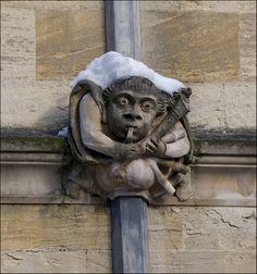 The Great Oxford Freeze January 2010 - a gargoyle.