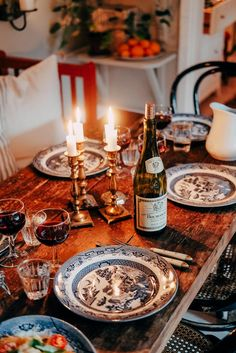 Hemma hos mig – www. Aesthetic Food, Dinner Table, Cozy House, Interior Inspiration, Interior And Exterior, Kitchen Dining, Sweet Home, Table Settings, Home And Garden