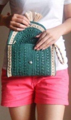 simple idea for a crochet clutch Crochet Wallet, Crochet Clutch, Crochet Handbags, Crochet Purses, Crochet Tablecloth Pattern, Crochet Purse Patterns, Crochet Cross, Crochet Lace, Crochet World