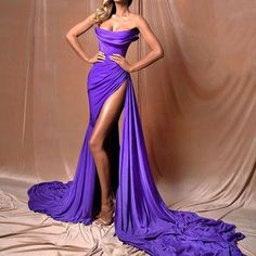SHE LOVES DRESSES !!! (@she.loves.dresses) • Instagram photos and videos Evening Gowns Couture, Purple Evening Gowns, Purple Gowns, Purple Dress, Couture Dresses, Dress Colour, Event Dresses, Pageant Dresses, Satin Dresses