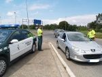 Law-abiding expats who need to change their driving licence from an English to a Spanish one are going round in circles between Trafico and the DVLA - and its driving them to distraction.