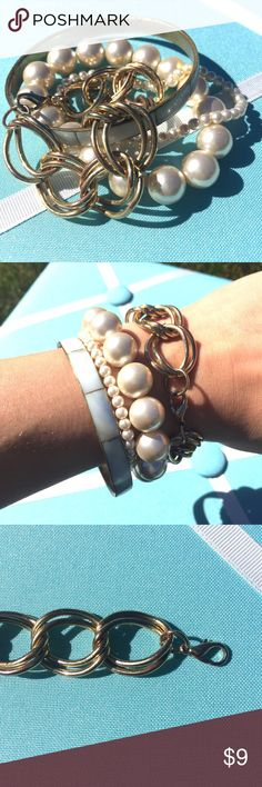 ❤️NEW❤️ Gold Link Bracelet Gold link bracelet | lobster claw clasp | great for stacking! | some tarnishing Jewelry Bracelets