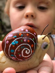 Conker snails Forest School Activities, Nature Activities, Halloween Activities, Autumn Activities, Toddler Activities, Family Activities, Conkers Craft, Crafts For Kids, Arts And Crafts