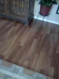Pergo Presto Virginia Walnut 8 mm Thick x 7-5/8 in. Wide x 47-1/2 in. Length Laminate Flooring (20.10 sq. ft. / case) 04705 at The Home Depot - Mobile