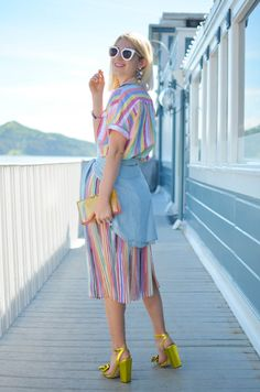 Springs Biggest Trend- Technicolor Stripes, pastel stripes, how to wear stripes on stripes, spring trends, zara pleated skirt Fall Fashion Skirts, Fall Fashion Trends, Spring Trends, Spring Fashion, Winter Outfits Women, Casual Fall Outfits, Zara Pleated Skirt, Plus Size Womens Clothing, Clothes For Women