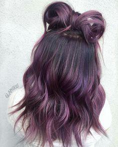 15 Must Have Dark Purple Hair Colour Ideas Vibrant and Chic Dark Purple Hair Colour Ideas Dark Purple Hair Color, Ombre Hair Color, Cool Hair Color, Hair Colour, Hair Dye Colors, Dye My Hair, Dip Dye Hair, Pretty Hairstyles, Hair Looks