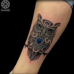 Why owl tattoos might be the tattoo for you. The greatest owl tattoo designs and artists in the world. Enjoy these amazing tattoos. Trendy Tattoos, Love Tattoos, Beautiful Tattoos, Body Art Tattoos, Tattoos For Guys, Tatoos, Owl Tattoos On Arm, Mens Owl Tattoo, Tattoo Owl