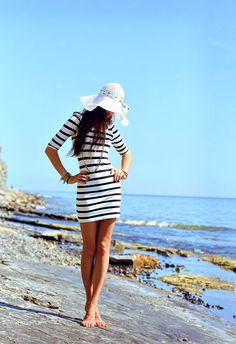 stripes, dress, hat, beach, black, white, fashion, summer, i personally love this look!