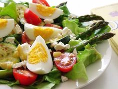 Reteta Salata cu sparanghel si ou din categoriile Salate de legume, Salate din oua, Salate diverse