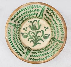 Lebrillo en cerámica esmaltada en verde