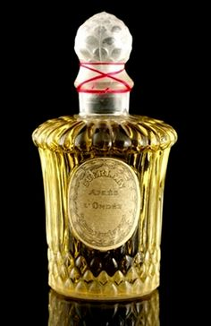 This website is about a man's admiration for the famous French perfume house of Guerlain. Vintage Perfume, Bottle Art, Perfume Bottles, Hand Painted, Cosmetics, Crystals, Antiques, Classic, Beauty