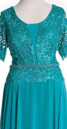 Vestido de Festa Plus Size - fp-018 - Vestire Rigor Bridal Dresses, Prom Dresses, Stylish Clothes For Women, Vintage Style Dresses, Plus Size Wedding, African Dress, Plus Size Dresses, Dress Patterns, Pretty Dresses