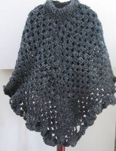 free+crochet+poncho+patterns+for+women | Hand Knit Ladies Ponchos - ::.Handmade-Knits.::k