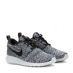 Nike Nike Rosherun Flyknit Sneakers (136 AUD) ❤ liked on Polyvore featuring shoes, sneakers, nike, sport, chaussures, grey, grey sneakers, grey shoes, sports footwear and nike trainers