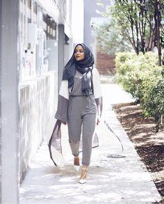 Long thin abaya and ombre hijab - check out: Esma <3