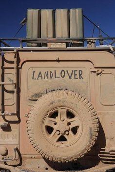Land Rover Defender 90 & 110 owner and admirer Land Rover Defender 110, Defender 90, Jeep Willys, Tata Motors, Hummer, Best 4x4, Offroader, Cars Land, Landrover
