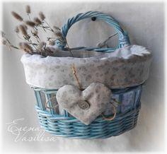 Бирюзовая корзиночка с чехлом:)