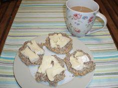 My Aussie LCHF life: LCHF breakfast rolls