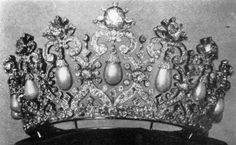 Diamond and pearl  tiara that belonged to the Prussian royal family