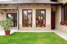 Fundamenta – Otthonok és megoldások – Modern mediterrán New House Plans, Small House Plans, Exterior House Colors, Exterior Design, Modern Rustic Homes, Backyard, Patio, Mediterranean Homes, Facade House