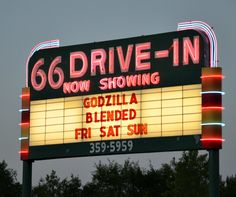 Vintage 66 Drive-In Theatre in Carthage is one place that will make it on our summer bucket list every year. Drive In Cinema, Drive In Movie Theater, Drive Through Cinema, Outdoor Movie Screen, Outdoor Theater, Outdoor Cinema, Drive Inn Movies, Joplin Missouri, Old Signs