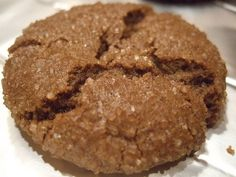 Chewy Ginger Molasses Cookies (1) From: Foodaphilia (2) Webpage has a convenient Pin It Button