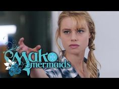 Lyla, Nixie and Sirena do not know exactly what the trident can do and how it works. You only know, he is dangerous! They watch Zac for a chance to steal him. Mermaid Swimming, Mermaids And Mermen, Trident, Water, Youtube, Movies, Mako Mermaids, Gripe Water, Youtubers